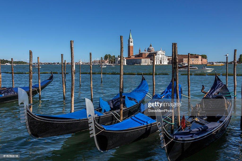 Gondola - San Giorgio Maggiore - Venice - Italy : Foto de stock