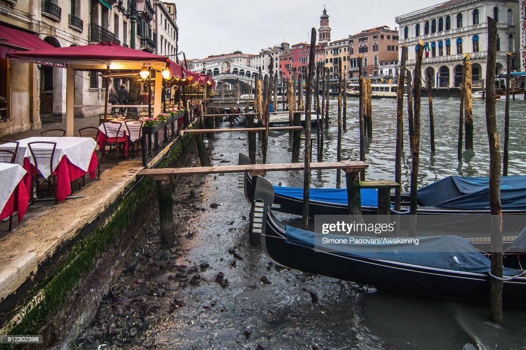 Exceptional Low Tide in Venice : News Photo