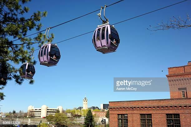 gondolas at riverfront - riverfront park spokane - fotografias e filmes do acervo
