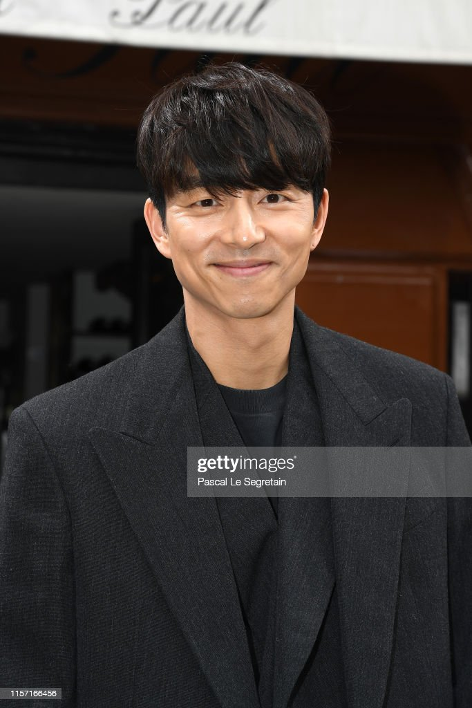 The Gong Show 2020.Gong Yoo Attends The Louis Vuitton Menswear Spring Summer