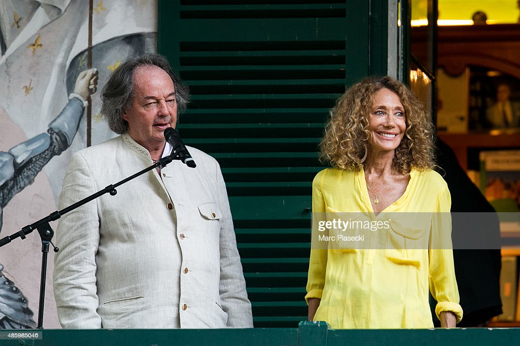 Gonzague Saint Bris and Marisa Berenson attend the 2Oth 'La Foret des Livres' book fair on August 30, 2015 in Chanceaux-pres-Loches, France.