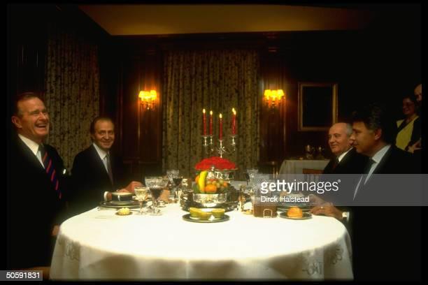 PM Gonzalez hosting Pres Bush Gorbachev chatting over dinner on eve of Mideast peace conf w interpreter Palazhenko