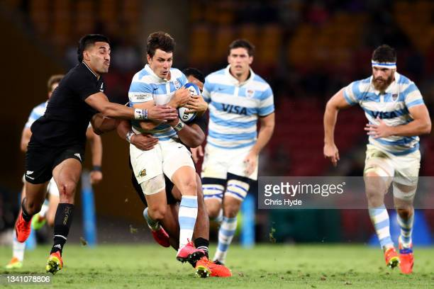 Gonzalo Bertranou of Argentina makes a break during The Rugby Championship match between the Argentina Pumas and the New Zealand All Blacks at...