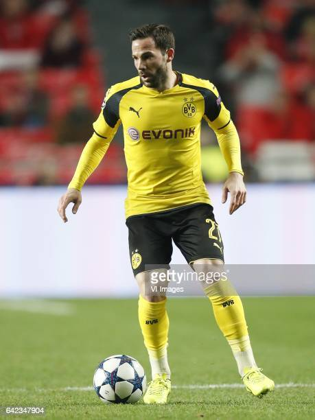 Gonzalo Castro of Borussia Dortmundduring the UEFA Champions League round of 16 match between SL Benfica and Borussia Dortmund on February 14 2017 at...