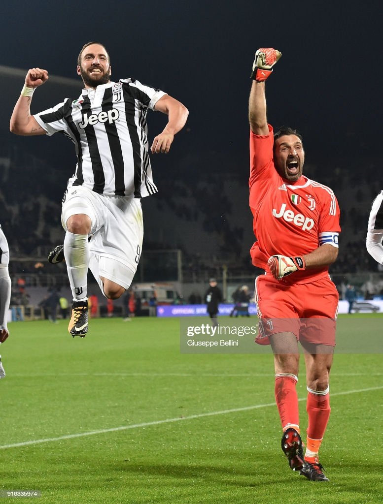 Gonzalo Higuain and Gianluigi Buffon of Juventus celebrate the victory after the serie A match between ACF Fiorentina and Juventus at Stadio Artemio Franchi on February 9, 2018 in Florence, Italy. (Photo by Giuseppe Bellini/Getty Images);