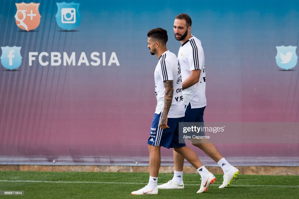Gonzalo Higuain and Manuel Lanzini of Argentina take part in a training session as part of the team preparation for FIFA World Cup Russia 2018 at FC Barcelona 'Joan Gamper' sports centre on June 7, 2018 in Barcelona, Spain.