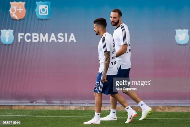 Gonzalo Higuain and Manuel Lanzini of Argentina take part in a training session as part of the team preparation for FIFA World Cup Russia 2018 at FC...