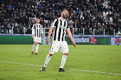 gonzalo higuain juventus fc disappointed during