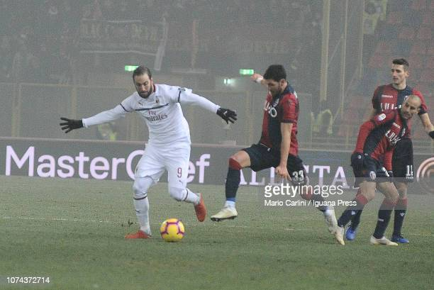 Gonzalo Higuain of AC Milan in action during the Serie A match between Bologna FC and AC Milan at Stadio Renato Dall'Ara on December 18 2018 in...