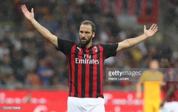 Gonzalo Higuain of AC Milan reacts during the serie A match between AC Milan and AS Roma at Stadio Giuseppe Meazza on August 31 2018 in Milan Italy