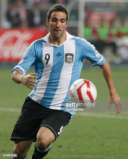 Gonzalo Higuain of Argentina in action during a match between Peru and Argentina as part of the South American Qualifiers for the FIFA Brazil 2014...