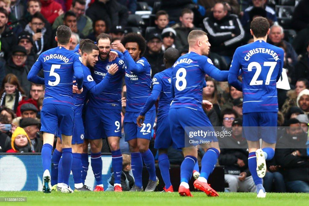 Fulham FC v Chelsea FC - Premier League : News Photo
