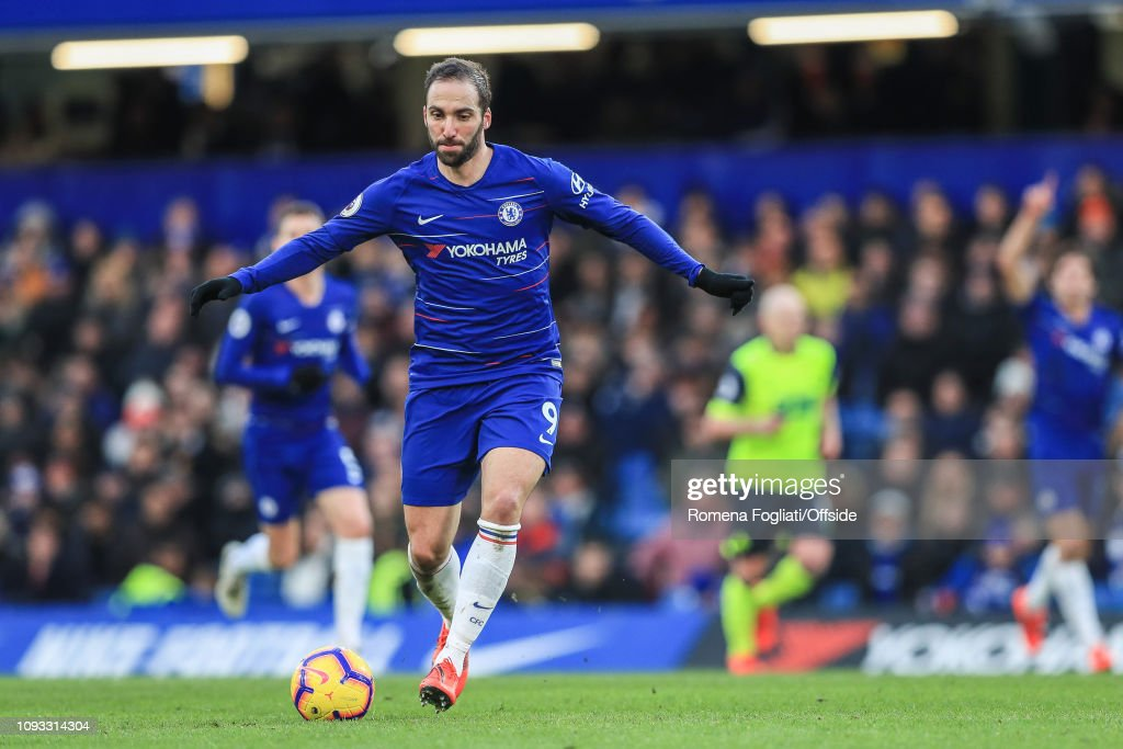 Chelsea FC v Huddersfield Town - Premier League : News Photo