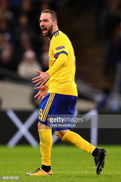 Gonzalo Higuain of Juventus celebrates after scoring his sides first goal during the UEFA Champions League Round of 16 Second Leg match between...