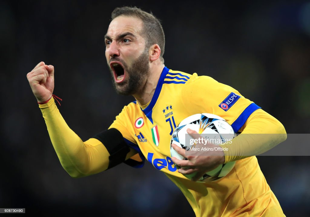 Gonzalo Higuain of Juventus celebrates scoring their 1st and equalising goal during the UEFA Champions League Round of 16 Second Leg match between Tottenham Hotspur and Juventus at Wembley Stadium on March 7, 2018 in London, United Kingdom.