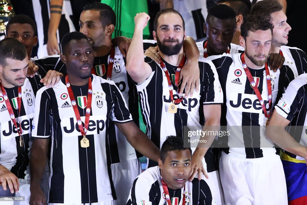 Gonzalo Higuain of Juventus celebrates the Coppa Italia victory after the final between Juventus FC and SS Lazio at the Olympic Stadium on May 17, 2017 in Rome, Italy. Juventus won 2-0 against Lazio.