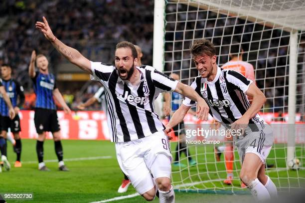 Gonzalo Higuain of Juventus FC celebrates after scoring the winning goal during the Serie A football match between FC Internazionale and Juventus FC...