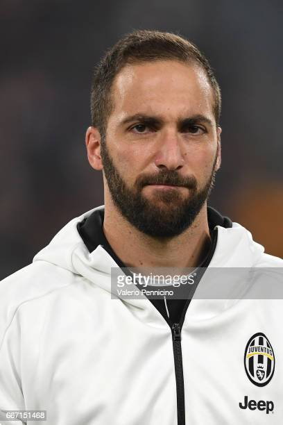 Gonzalo Higuain of Juventus FC looks on prior to the Serie A match between Juventus FC and AC ChievoVerona at Juventus Stadium on April 8 2017 in...
