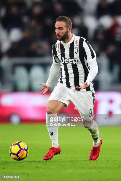 Gonzalo Higuain of Juventus in action during the Serie A match between Juventus and Genoa CFC at Allianz Stadium on January 22 2018 in Turin Italy