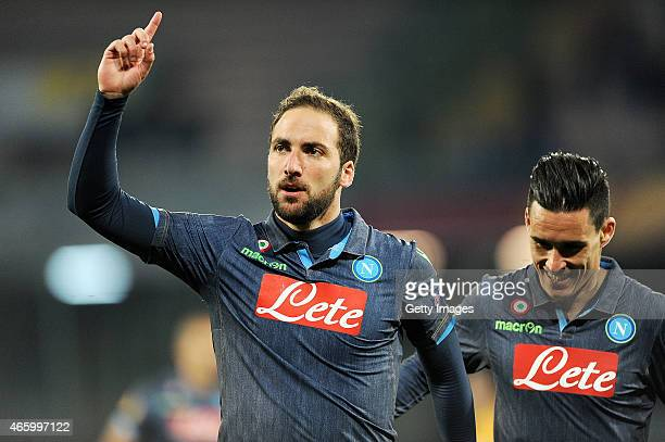 Gonzalo Higuain of Napoli celebrates after scoring goal 31 during the UEFA Europa League Round of 16 football match between SSC Napoli and FC Dinamo...