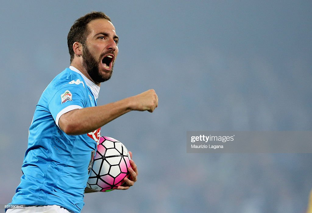 SSC Napoli v Frosinone Calcio - Serie A : News Photo
