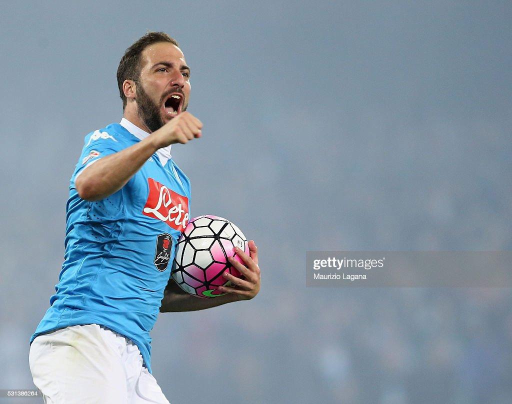 SSC Napoli v Frosinone Calcio - Serie A