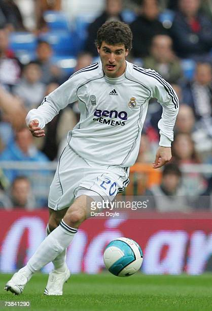Gonzalo Higuain of Real Madrid controls the ball during the Primera Liga match between Real Madrid and Osasuna at the Santiago Bernabeu stadium on...
