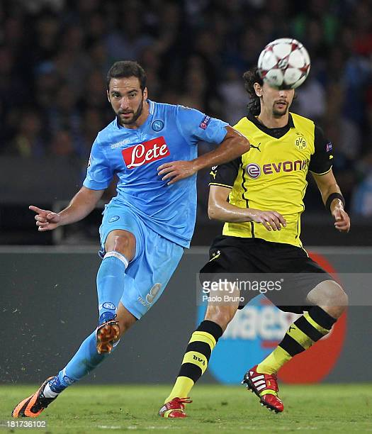 Gonzalo Higuain of SSC Napoli in action during the Uefa Champions League Group F match between Napoli and Borussia Dortmund at Stadio San Paolo on...