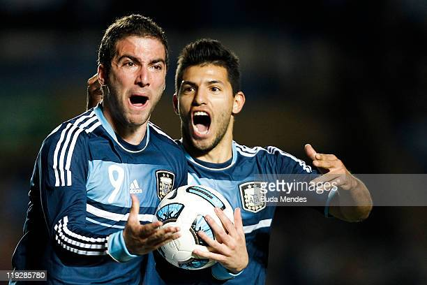 SANTA FE ARGENTINA JULY 16 Gonzalo Higuaín and Sergio Agüero of Argentina celebrate a scored goal against Uruguay as part a match of Copa America...
