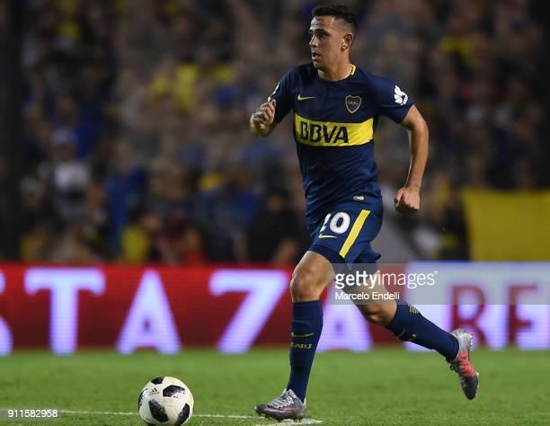 Gonzalo Maroni of Boca Juniors drives the ball during a match between Boca Juniors and Colon as part of the Superliga 2017/18 at Alberto J Armando...