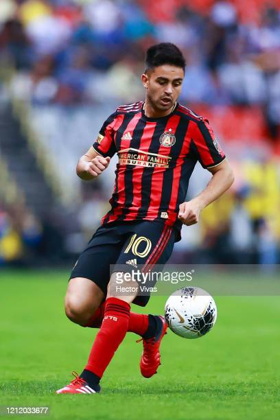 Gonzalo Martinez of Atlanta United drives the ball during a quarter final first leg match between Club America and Atlanta United as part of CONCACAF...