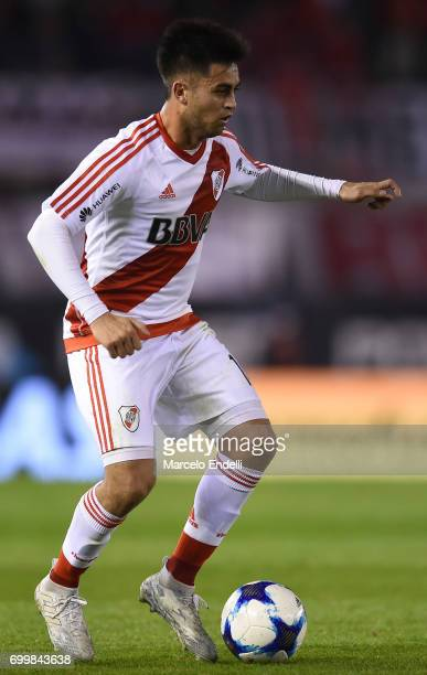 Gonzalo Martinez of River Plate drives the ball during a match between River Plate and Aldosivi as part of Torneo Primera Division 2016/17 at...