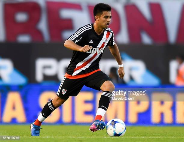 Gonzalo Martinez of River Plate drives the ball during a match between River and Union as part of Superliga 2017/18 at Monumental Stadium on November...