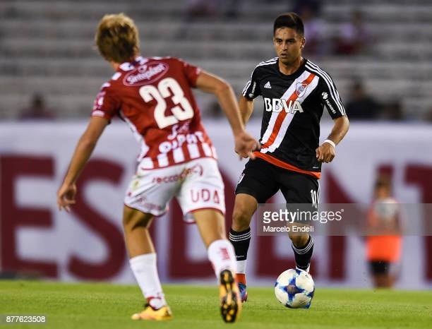Gonzalo Martinez of River Plate fights for ball with Manuel De Iriondo of Union during a match between River and Union as part of Superliga 2017/18...