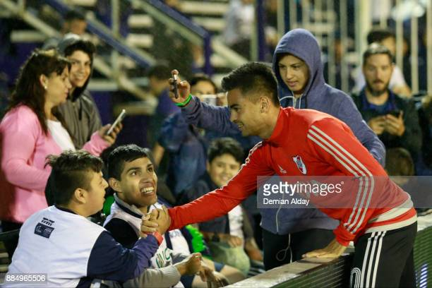 Gonzalo Martinez of River Plate salutes fans of Gimnasia y Esgrima prior a match between Gimnasia y Esgrima La Plata and River Plate as part of the...