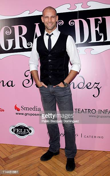 Gonzalo Miro attends 'La Gran Depresion' premiere at Infanta Isabel Theatre on May 19, 2011 in Madrid, Spain.