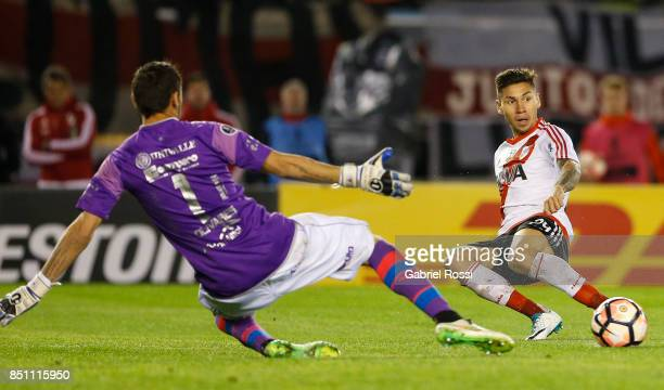 Gonzalo Montiel of River Plate passes the ball during a second leg match between River Plate and Wilstermann as part of the quarter finals of Copa...