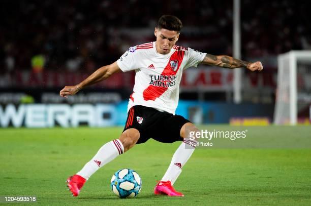 Gonzalo Montiel pass the ball during a match between River Plate and Defensa y Justicia as part of Superliga 2019/20 at Antonio Vespucio Liberti...