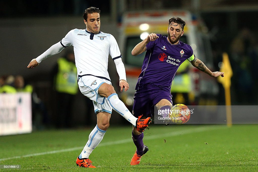 Gonzalo Rodriguez of ACF Fiorentina battles for the ball with Alessandro Matri of SS Lazio during the Serie A match between ACF Fiorentina and SS Lazio at Stadio Artemio Franchi on January 9, 2016 in Florence, Italy.