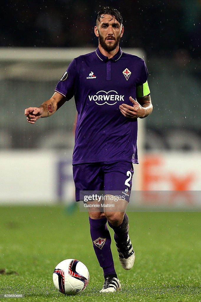 Gonzalo Rodriguez Photos - ACF Fiorentina v FC Torino