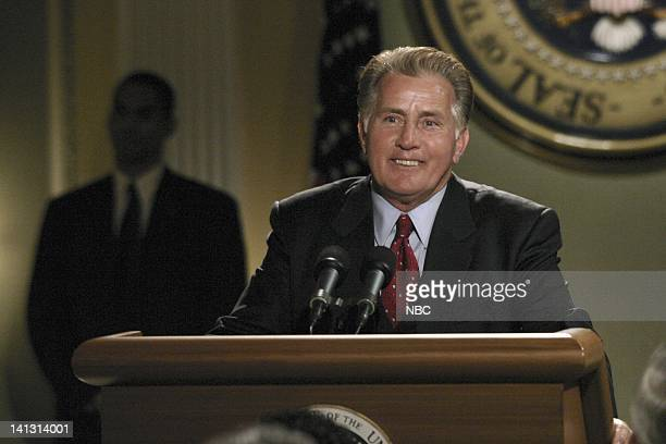 """Good Day"""" Episode 17 -- Aired -- Pictured: Martin Sheen as President Josiah """"Jed"""" Bartlet -- Photo by: Scott Garfield/NBCU Photo Bank"""