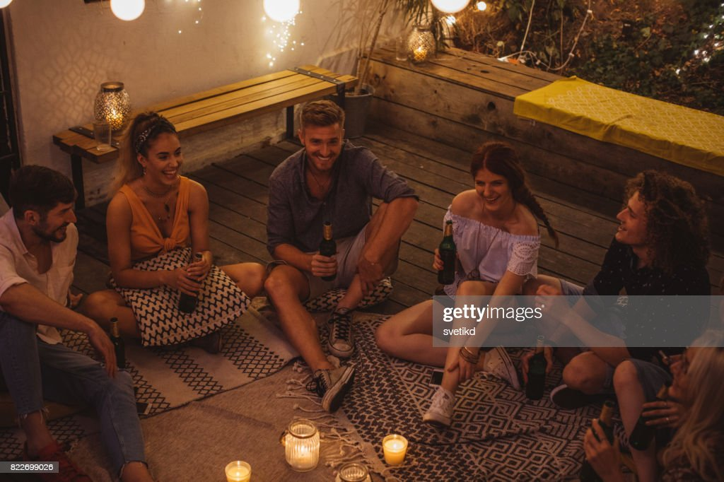 Good friends make great times : Stock Photo