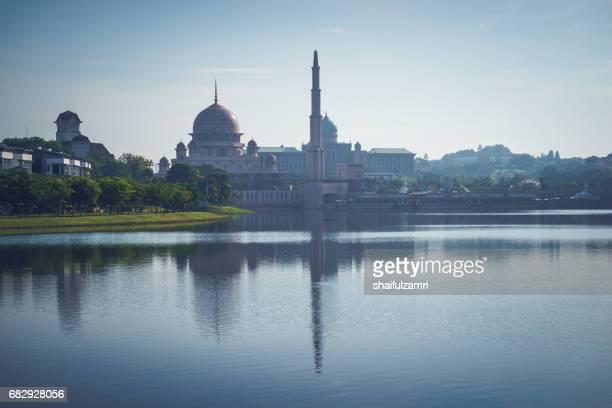 good morning from putrajaya, malaysia - shaifulzamri stock pictures, royalty-free photos & images