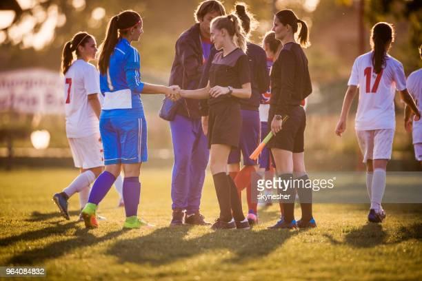 Sportlichkeit nach Frau Fußballspiel!