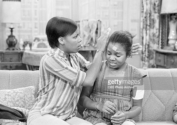 Good Times episode: 'The Evans Get Involved: Part 3'. From left, Chip Fields as Mrs. Gordon, Janet Jackson as Penny Gordon. Image dated August 11,...
