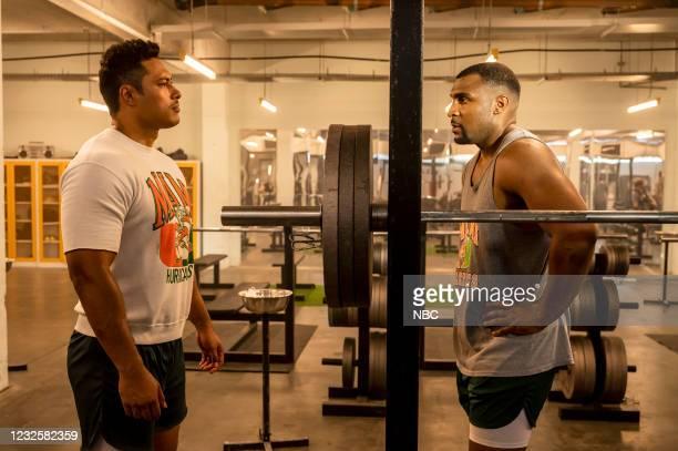 "Good vs. Great"" Episode 110 -- Pictured: Uli Latukefu as Dwayne, Gavin Rocker as Ray Lewis --"