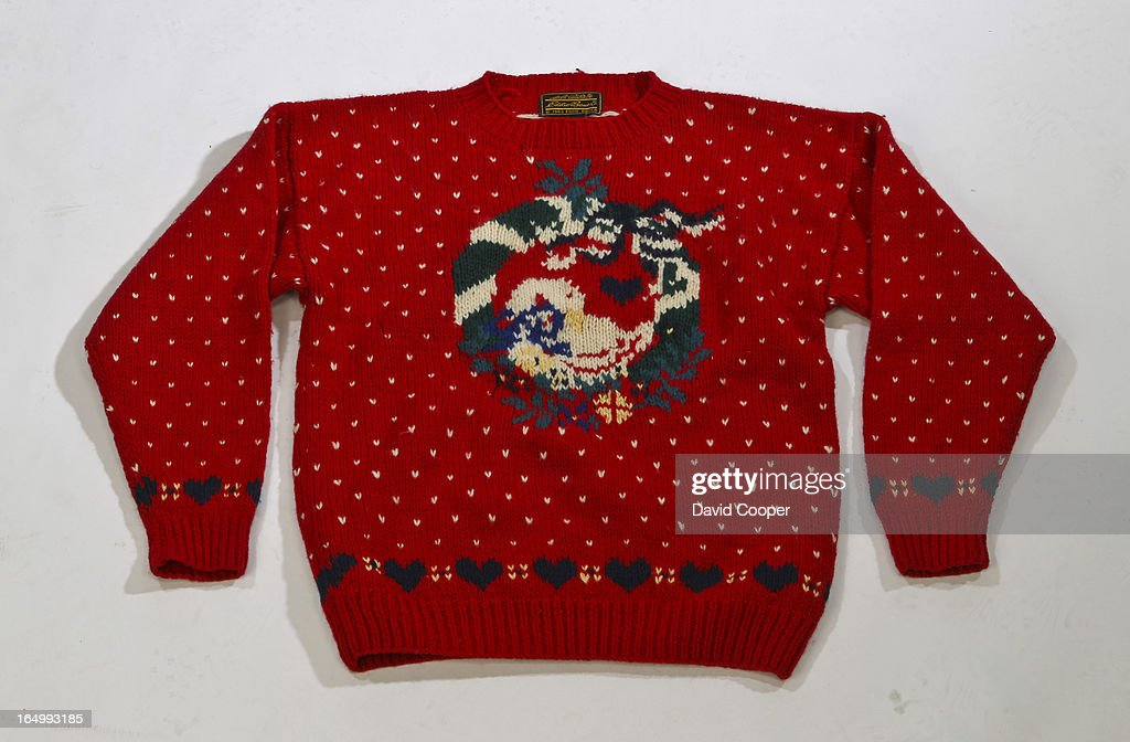 Urban Outfitters Ugly Christmas Sweater.Goodbye Goodwill Hello Urban Outfitters The Ugly Christmas