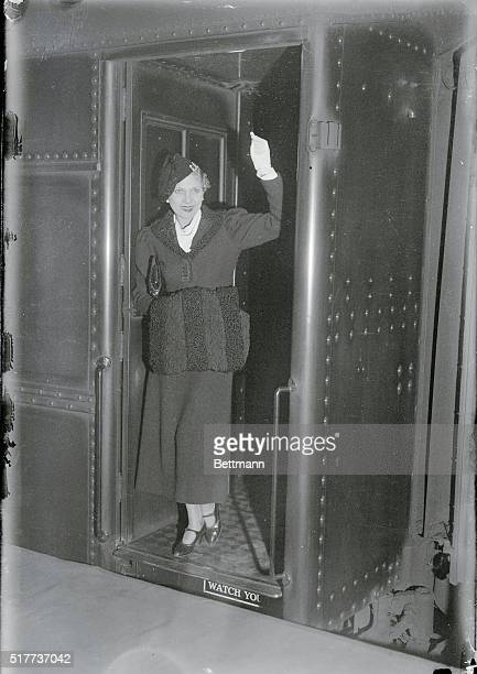 """Goodbye-Broadway! New York: Her personal appearance over, and practically all recovered from her recent appendicitis operation, Lilyan Tashman, """"best..."""