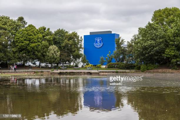 goodison park reflecting in a lake - liverpool logo stock pictures, royalty-free photos & images
