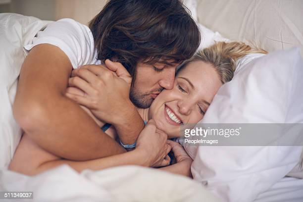goodnight kisses - girlfriend stock pictures, royalty-free photos & images